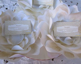 Place card holders, place card wedding, Paper flower name card holders, White and gold name card holders, Placecard holder