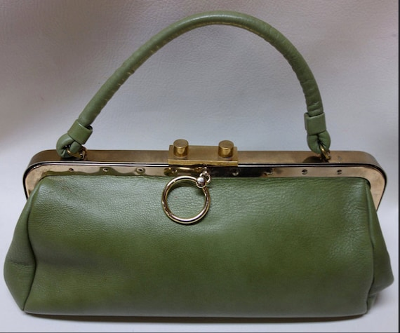 Olive Green Midcentury 1960s Leather Saber Handbag with Gold Frame and Ring and Colorful Liner