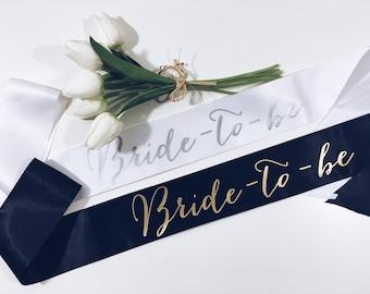 Bride-to-be Sash. Bride sash. Bridal shower gift. Bachelorette gift.Bride gift Bachelorette party sash.Bachelorette sash. Party sash.