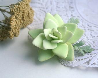 Succulent hair clip Bridal hair clip boho style Rustic wedding Handmade succulent hair pin Mint hair clips girls Greenery wedding clip
