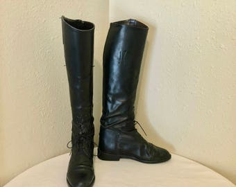 Sz 7 Vintage Tall Black Genuine Leather 1990s Women Flat Lace up Front Equestrian Riding Boots.