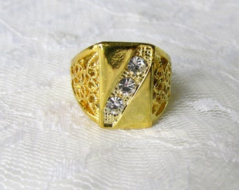 Gold Plated Ring Man's Three Gemstones Ornate Textured Band Size 9 Vintage Collectible Gift Item 2156