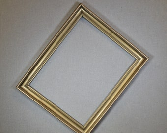 16x20 Frame Vintage Gold Wood with Optional Custom Cut Matting