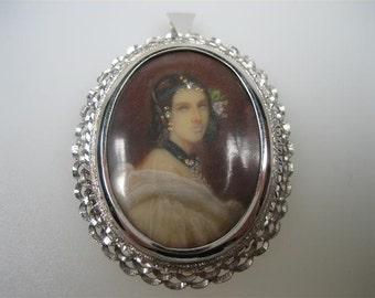 Exclusive old portrait white gold pendant c.1930...