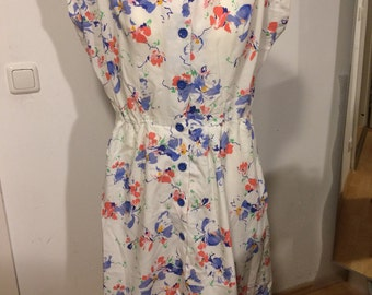 Caution reduction in price 50%! Summer: Original vintage dress from the 80s size 44 floral print! Nice!
