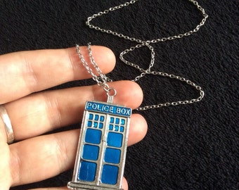 80p UK P+P handmade Tardis Necklace pendant on 24 inch silver chain Dr Who inspired blue police box tardis *UK Seller*