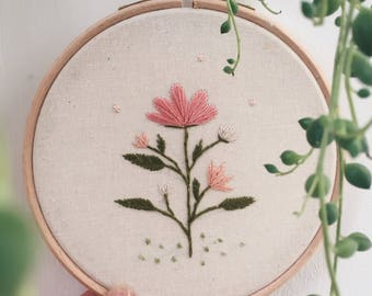 "Hand Stiched 5"" Floral Embroidery"