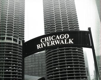 Chicago Coaster Collection:Chicago Riverwalk  Black & White  (Single marble tile coaster)