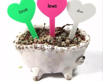 50PCS Plastic Plant Heart-Type Tags Markers Nursery Garden Labels