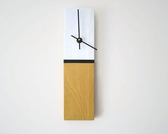Wall Clock - Modern - Wood Pallet -Hand Painted - Minimalist - Ready to Ship