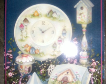 Between the Vines 7 Tole Painting Book Decorative Birdhouse Garden Mills-Price Eas'l 2002 crafting project artist Folk Art