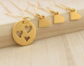 Mother Daughter Necklace Gold Mother of Three Set of Four 3 Daughters Sister Jewelry Mothers Day Gift Heart Necklace Set Daughter Gift