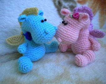 Pair of little dragons
