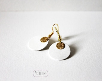 Leather white gold earring
