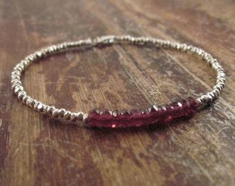Garnet Birthstone Bracelet, Garnet Bracelet, January Birthstone Jewelry, Womens Gift, Garnet Birthstone Jewelry, Garnet Beaded Bracelet