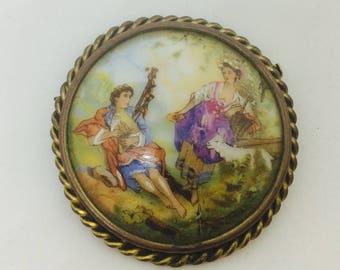Brooch vintage porcelane from France , Limoges. Romantique