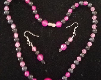 Jewelry Set of Necklace and Earrings of two color
