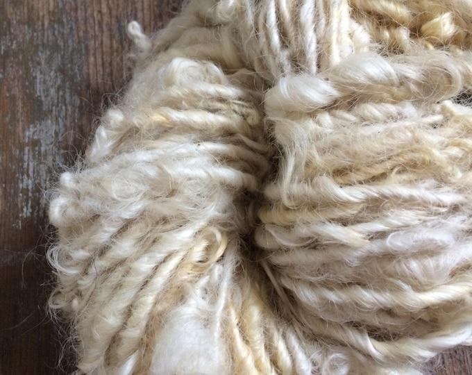 Creamy white Lincoln wool locks yarn, 40 yards, bulky chunky curly handspun, rustic art yarn, curly white yarn, undyed art yarn, doll hair