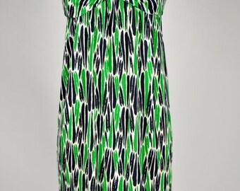 ON SALE Diane von Furstenberg / DVF / Vintage Dvf / Dvf Dress / 90s DvF Dress / Printed DvF Dress / Silk DvF Dress / Green and Black / 90s S