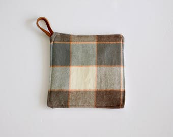 Tahoe Flannel Pot Holder - Kitchen Pot Holders and Hot Pads