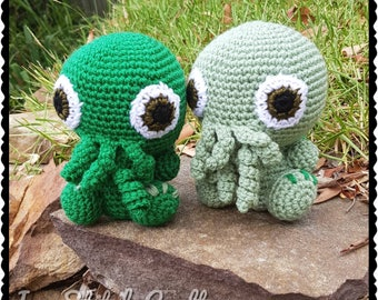 Cthulhu Crochet Plush Toy / soft baby toy / monster / tentacles / wings / stuffed animal