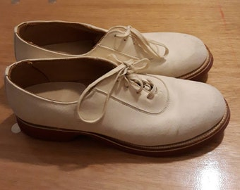 Original vintage 50s white buck nubuck lace up shoes - UK 3 to 3.5