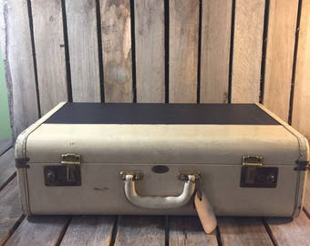 Vintage Navy and Antique White Maximillion Suitcase, Vintage Suitcase, Vintage Luggage