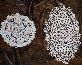 2 handmade crochet Style  vintage doilies
