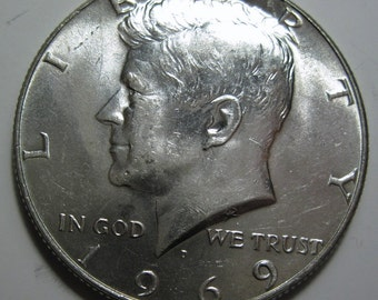 1969 D silver Kennedy half dollar coin (#E113Q)