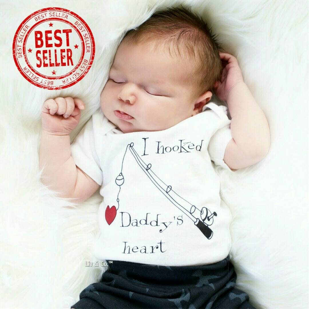 Baby fishing outfit i hooked daddys heart baby boy clothes for Baby fishing outfit