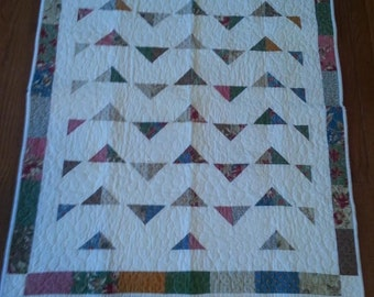 Quilts, Girls quilt, Boys quilt, Kids bedding, Handmade Quilts, Colorful Quilt, Baby Gift Idea, Triangle Quilt