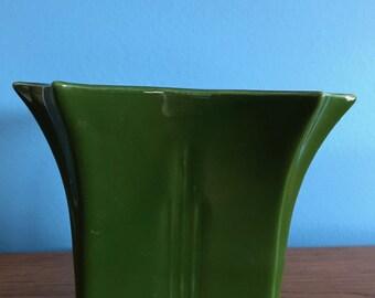 Vintage Green Ceramic Floral Arrangement Vase/Planter/Pot