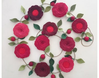 RED ROSES GARLAND // Valentines Day Garland // Party Garland // Felt Flower Garland // Floral Garland // Shades of Red + Berries