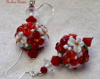 Red and White Earrings,Xmas Earrings,Dangle Earrings,Floral Earrings,Floral Drop Earrings Flower Beads - Xmas Rose