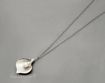 Long Calla Lily Necklace, silver flower pendant necklace, pearl floral holidays gift, bridesmaid wedding, everyday jewelry by balance9