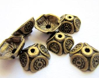30 Metal Bead caps antique bronze9mm x 4mm DIY jewelry supplies 52y(Y1)