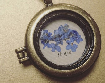 Pressed Forget-Me-Not Remembrance Necklace