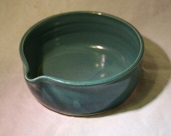Handmade Mixing Bowl with Pouring Spouse
