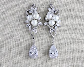 Crystal Bridal earrings, Wedding earrings, Bridal jewelry, Crystal drop, Swarovski CZ earrings, Pearl earrings, Rose gold earrings, MIA