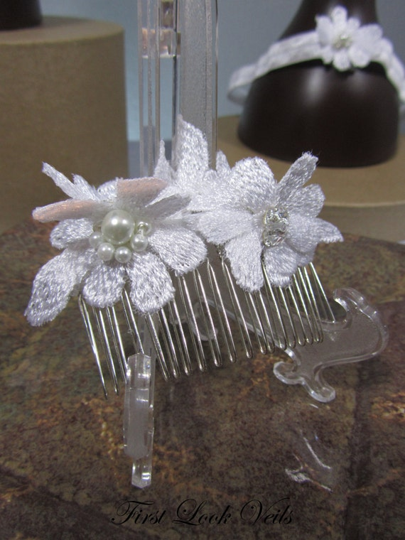 White Lace Comb, Swarovski Comb Accents, Glass Pearls, Hair Accessory, Bridal Accessory, Bridal Accessories, Bridal Gift, Womens Gift, Bride
