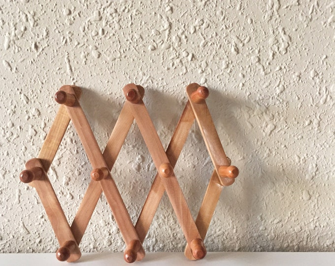 vintage small wooden peg rack