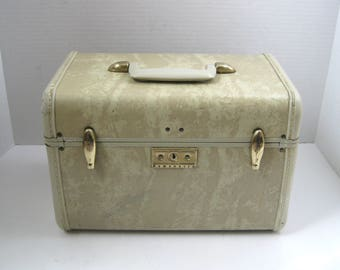 Vintage Samsonite Streamlite Marbled Ivory Train Case Overnight Case