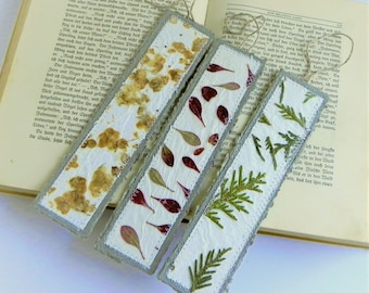 Paper bookmarks, book lover gift, gifts for readers, teacher gift, small gifts, book accessories, handmade bookmark, book marks, set of 3