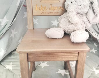 Personalised chair, Boys 1st birthday present , First birthday gift, New baby gift, christening gift, baptism gift, Wooden chair. 2 COLOURS.