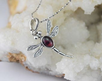 Dragonfly pendant and necklace Garnet - 925 sterling silver