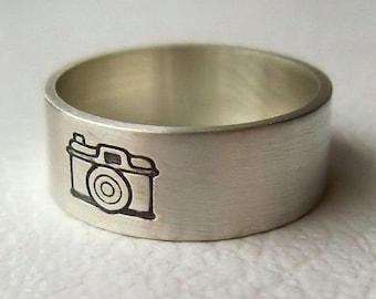 Camera Ring, Photographer Gift, Camera Jewelry