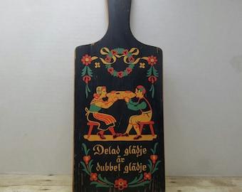 Dutch Cutting Board, Vintage Paddle cutting board, Dutch Folkart
