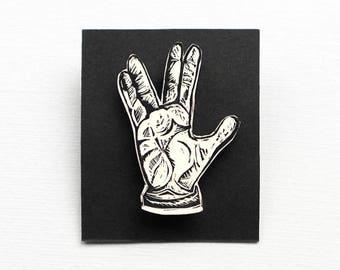 Hand gesture badge, hand pin, hand sign brooch, live long and prosper, Star Trek, Vulcan, Spock