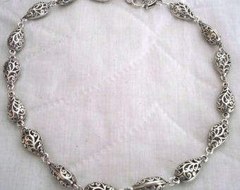 Hypoallergenic nickel free filigree metal beaded necklace