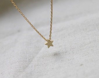 Cute tiny Star charm Necklace - S2205-1